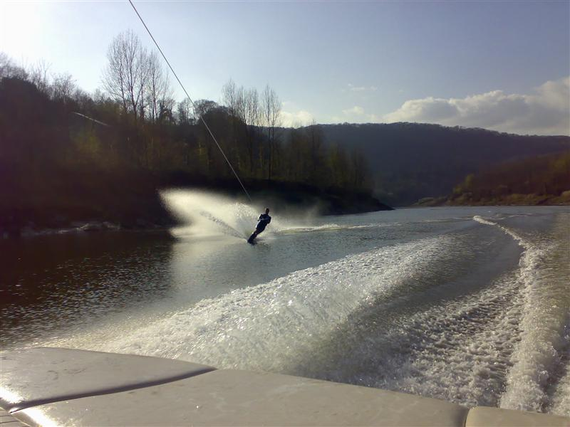 skiing-river-wye-030408-002-custom