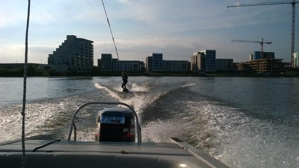 Bay Ski Shula on wakeboard (1)