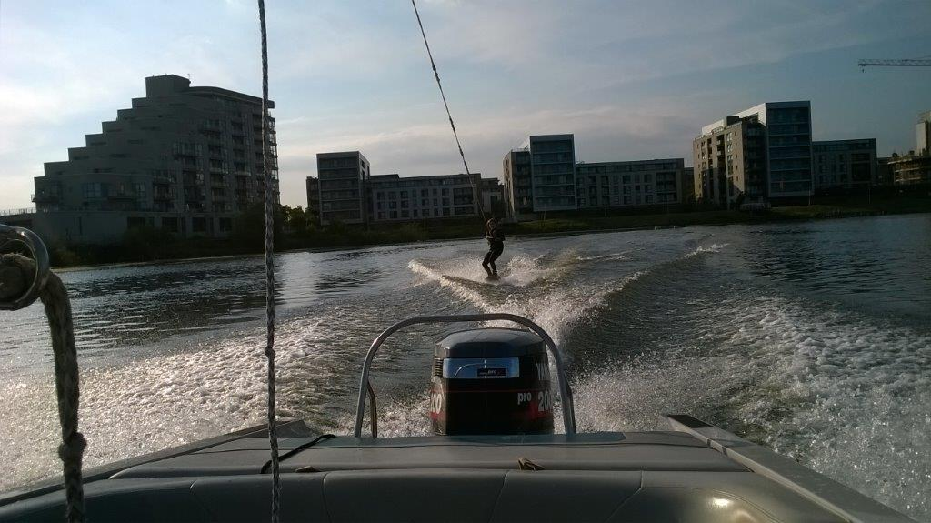 Bay Ski Shula on wakeboard (3)